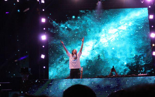 Luis López presentó uno a uno a los principales Dj's del universo electrónico mundial en una gala sin precedentes.