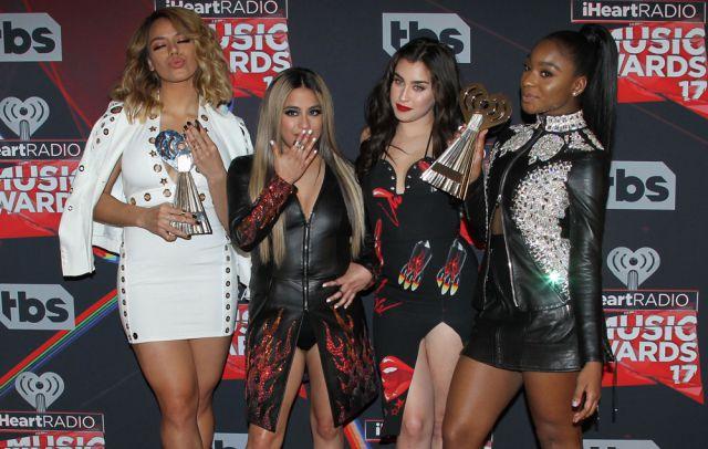 Las artistas estadounidenses finalmente han descartado esta opción al considerar que Fifth Harmony refleja toda su historia y trayectoria.