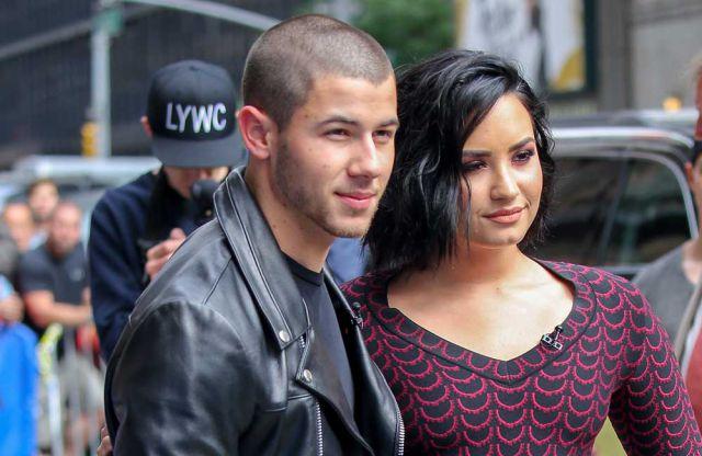 El cantante no se ha olvidado de felicitar a su amiga Demi por su 25 cumpleaños en las últimas horas.