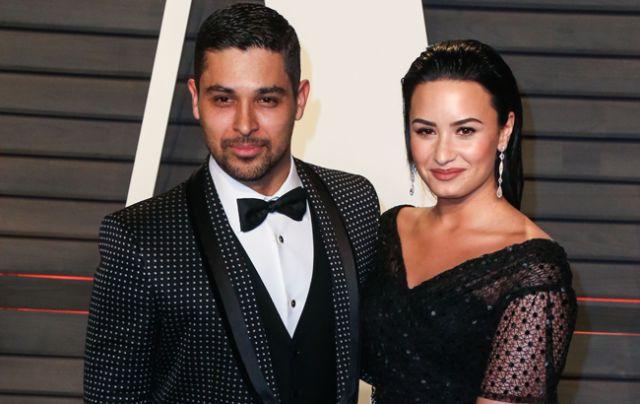 La cantante y actriz reconoce que aún se cuestiona si tomó la decisión correcta al poner fin a su romance con el actor tras seis años juntos