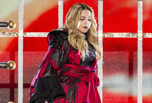 La estrella del pop, que en los últimos tres años se ha centrado exclusivamente en sus responsabilidades como madre y en su labor benéfica, ha viajado a Londres para preparar su regreso a la escena musical